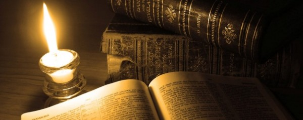 old-books-bible-candle-600x239