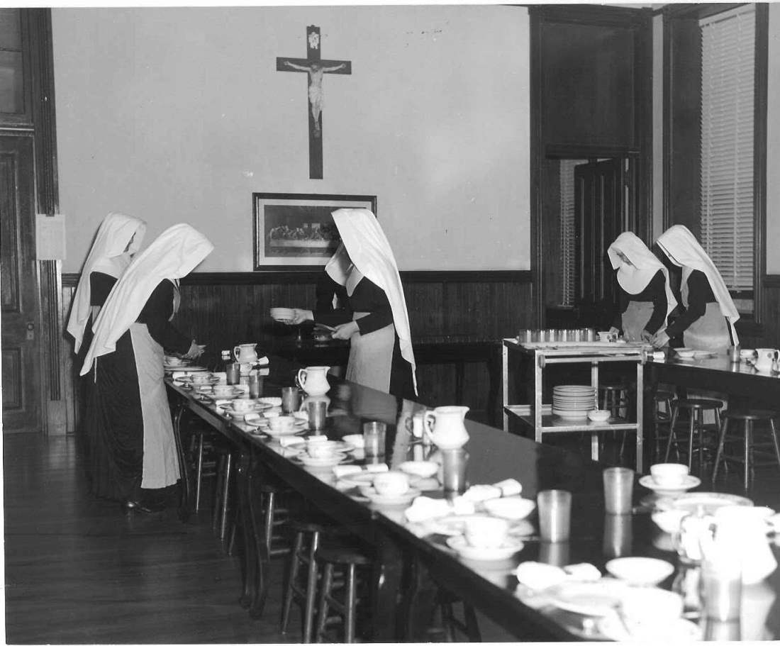 novices'_dining_room